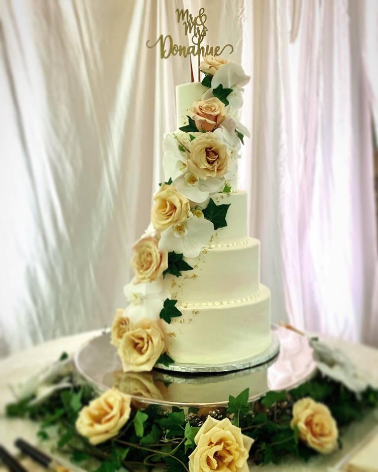 Wedding Cake Flavors.Wedding Cakes Sassy Cakes